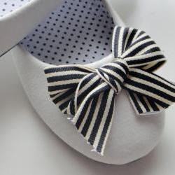 Black and Cream Bow Ballet Flats
